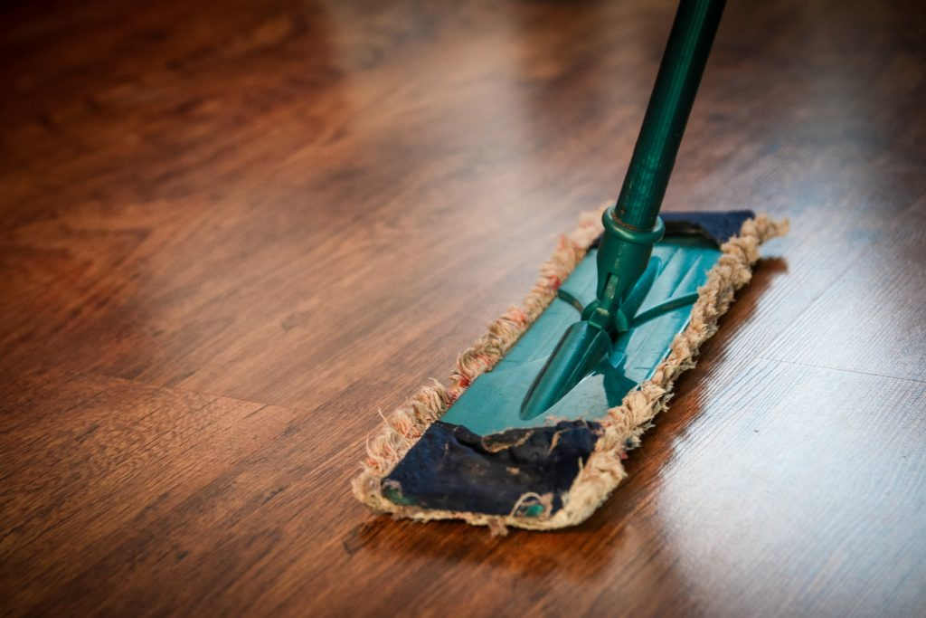 Working Mom Tips for a Clean House