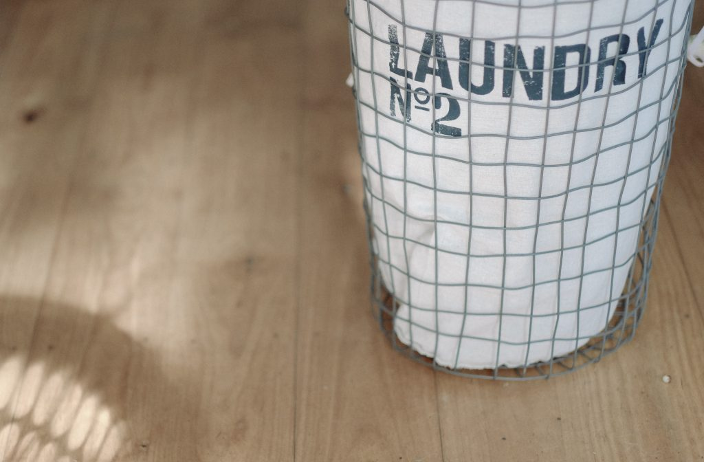 The Best Helpful Laundry Tips for Overwhelmed Moms