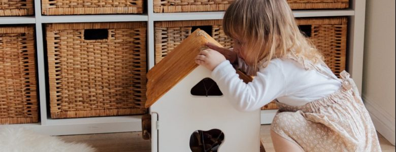 How to make the best Indoor Scavenger hunt for kids